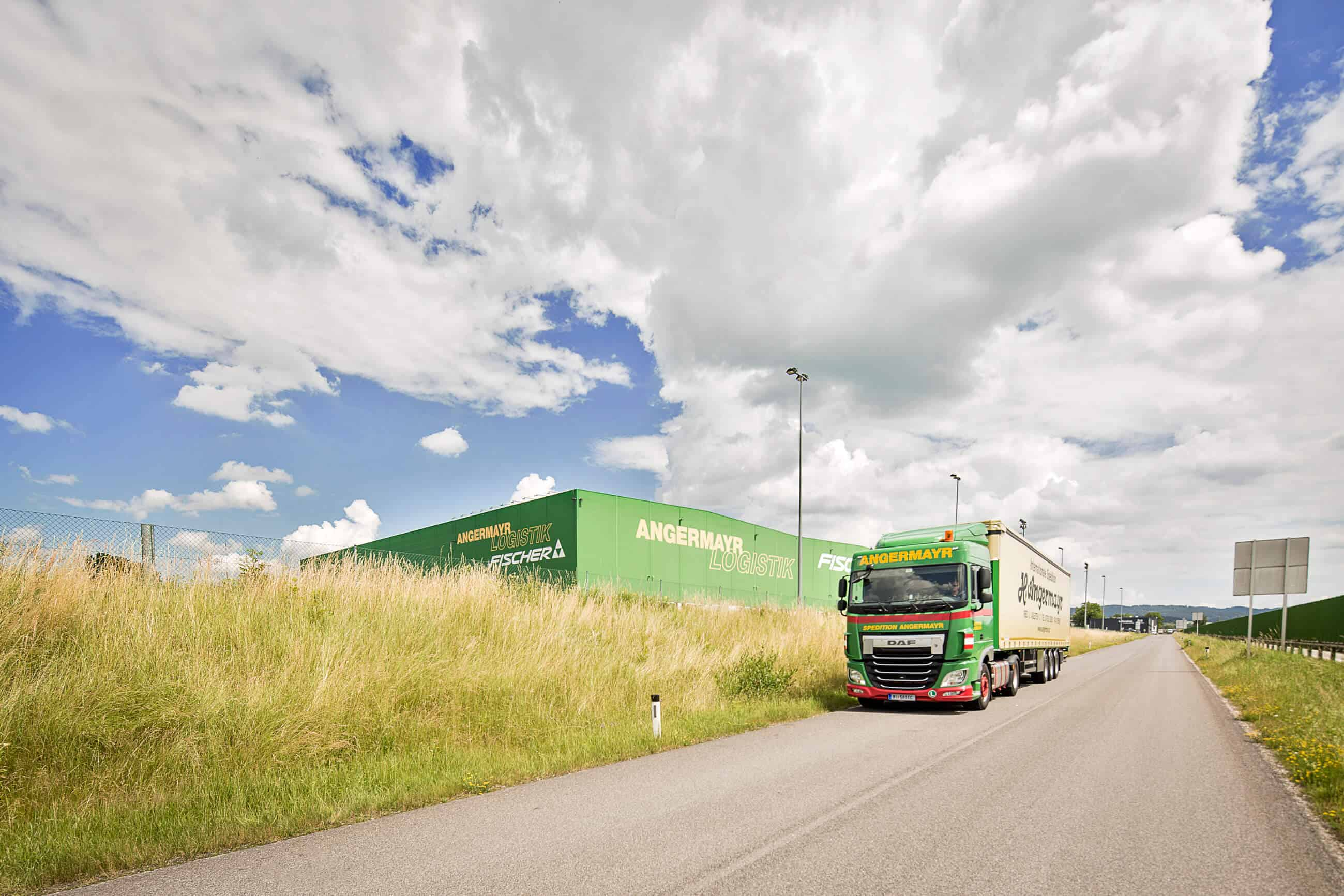 Logistikcenter in Hohenzell